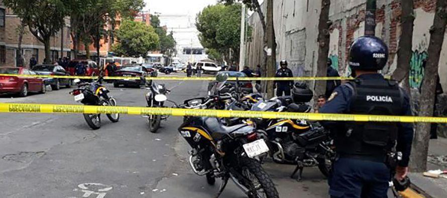 Diez balazos y dos muertos en un bar en el centro histórico de Ciudad de México