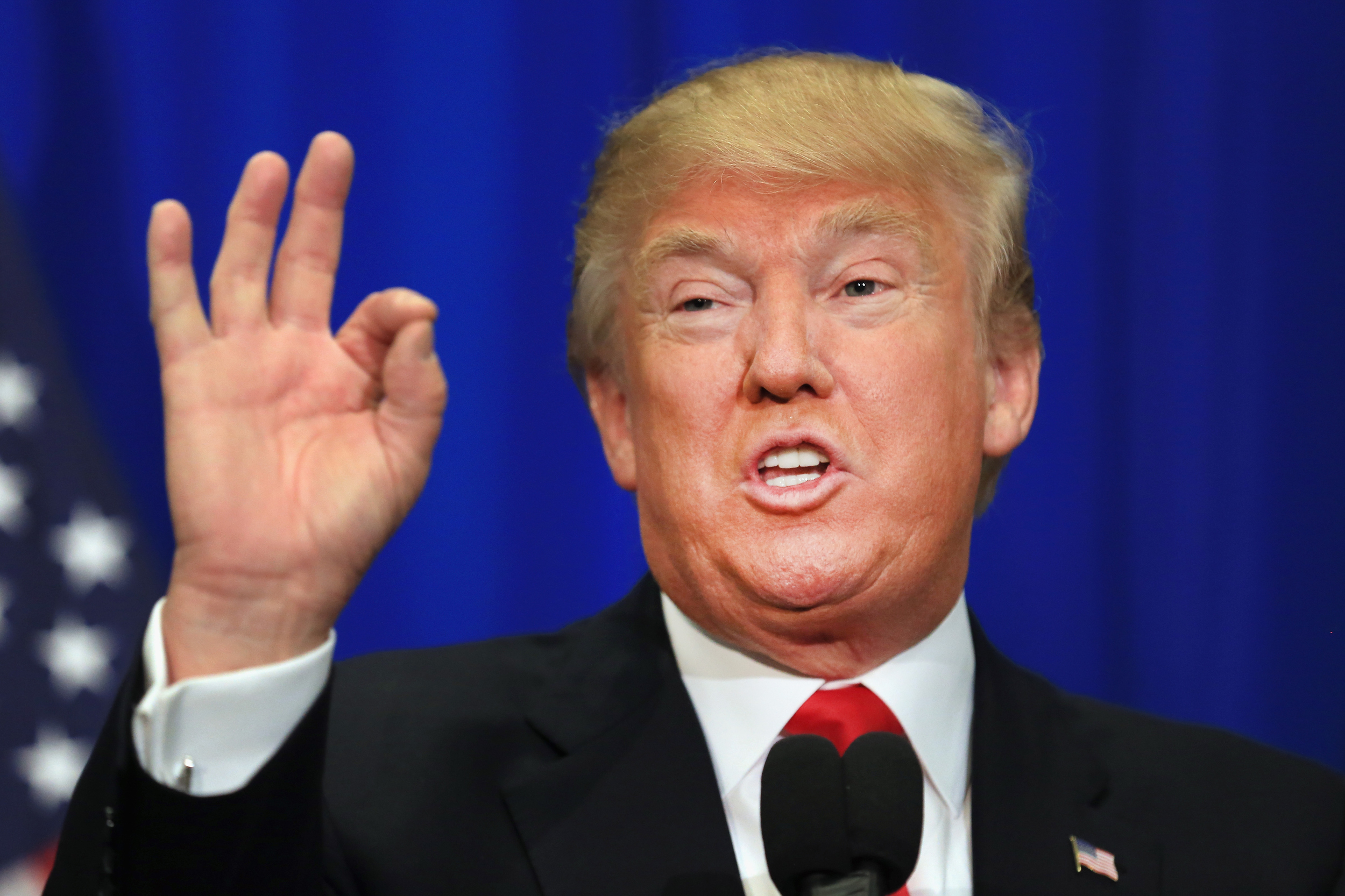 Trump culpa a los republicanos del Congreso de los problemas con el techo de deuda
