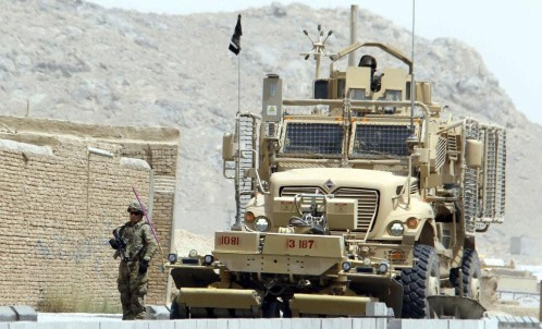 Un miembro de la OTAN muerto y 18 heridos en un ataque suicida en Afganistán