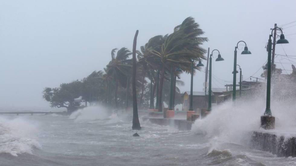 El huracán Irma arrasa islas del Caribe y fuerza la orden de evacuación de la costa de Miami