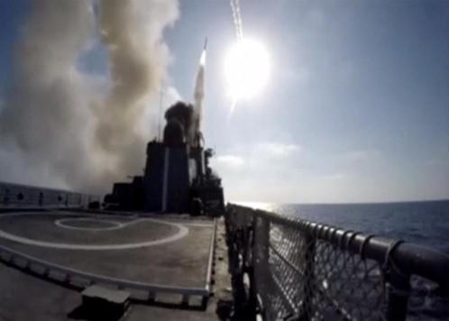 Rusia ataca con submarinos posiciones del EI en Siria