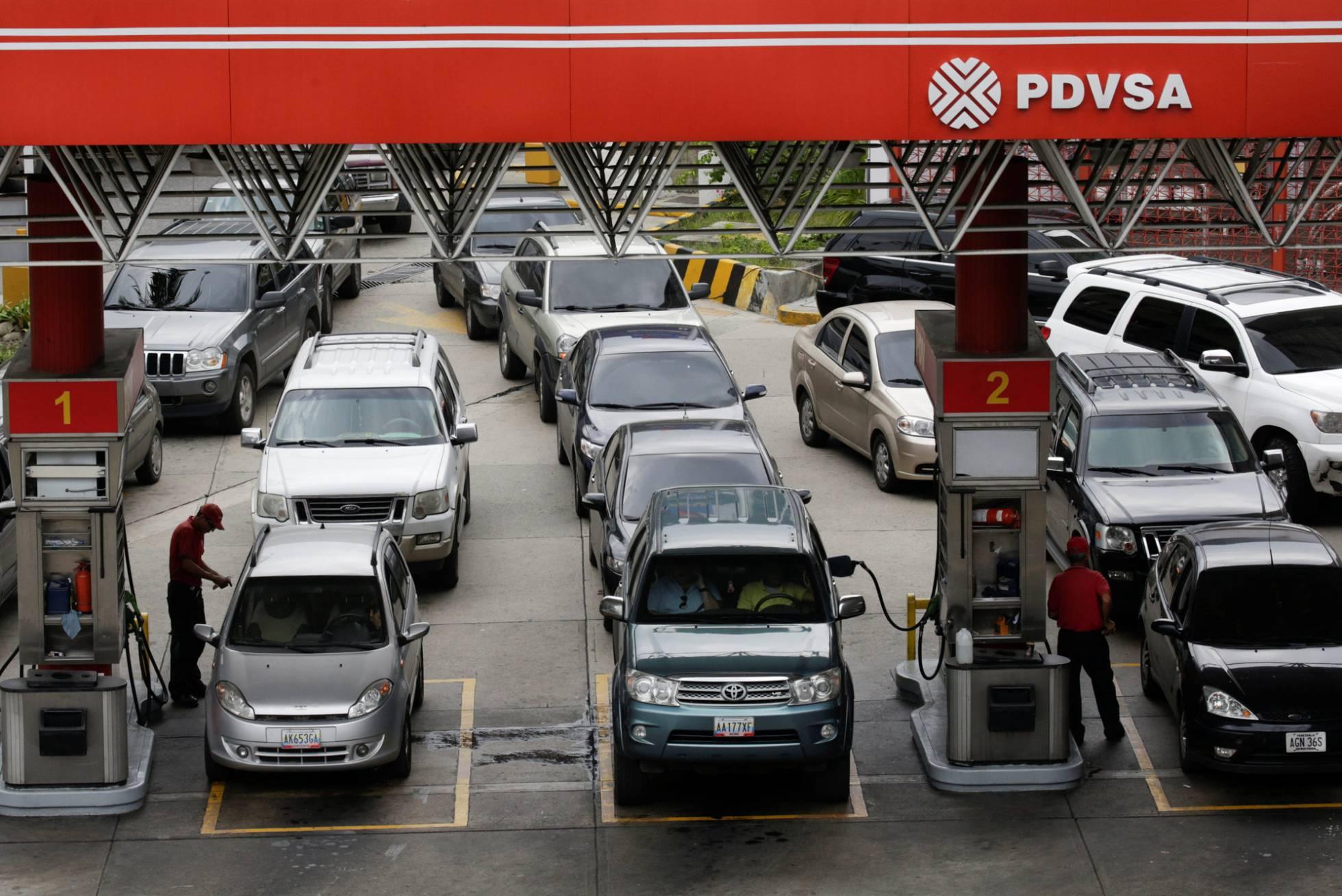 colas estacion gasolina venezuela