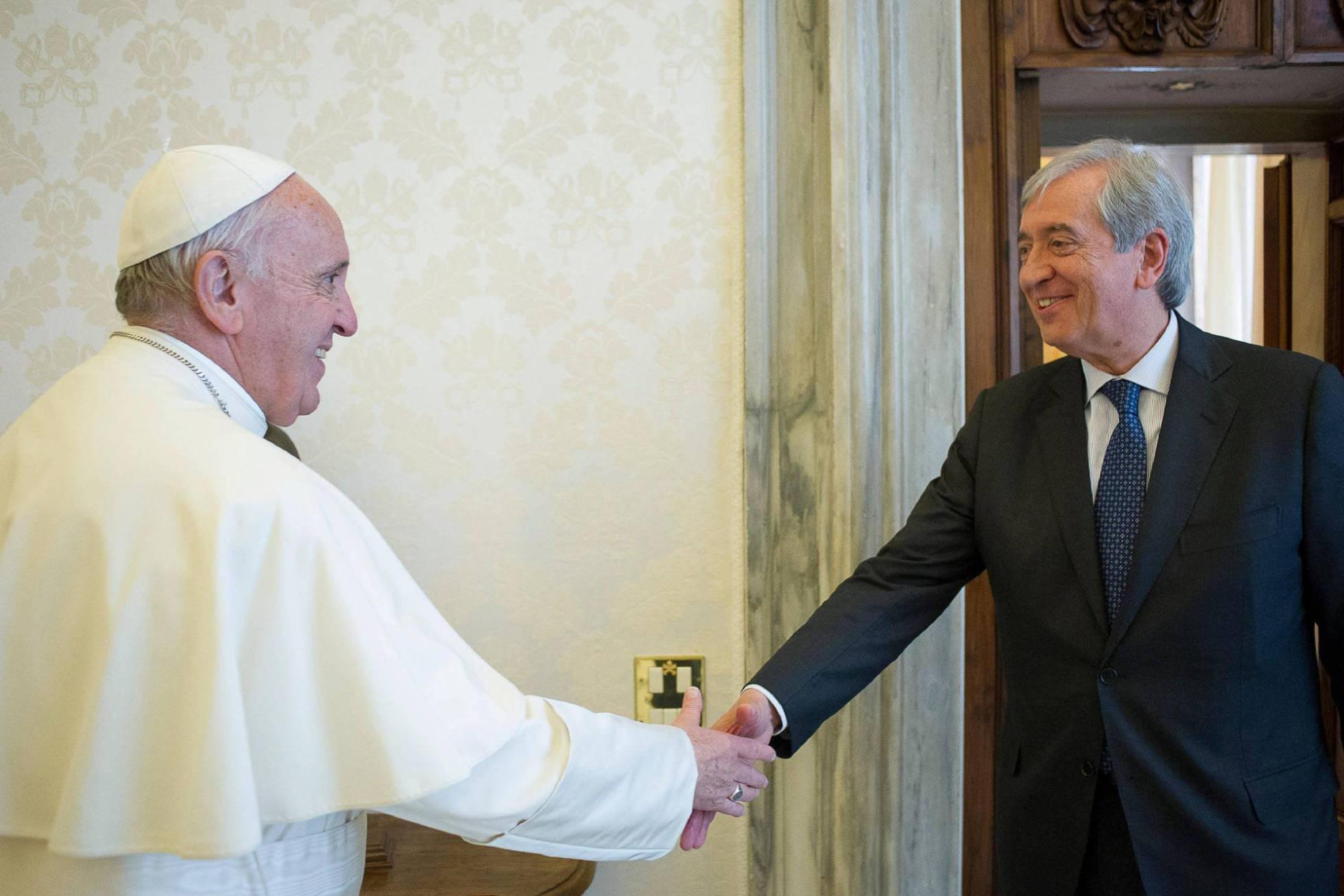 El banco del Vaticano denuncia un fraude millonario