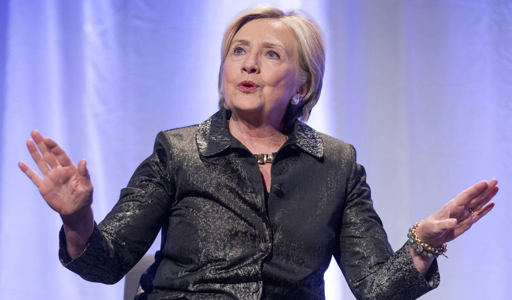 Una empresa contratada por la campaña de Trump contactó con WikiLeaks para obtener los emails de Clinton