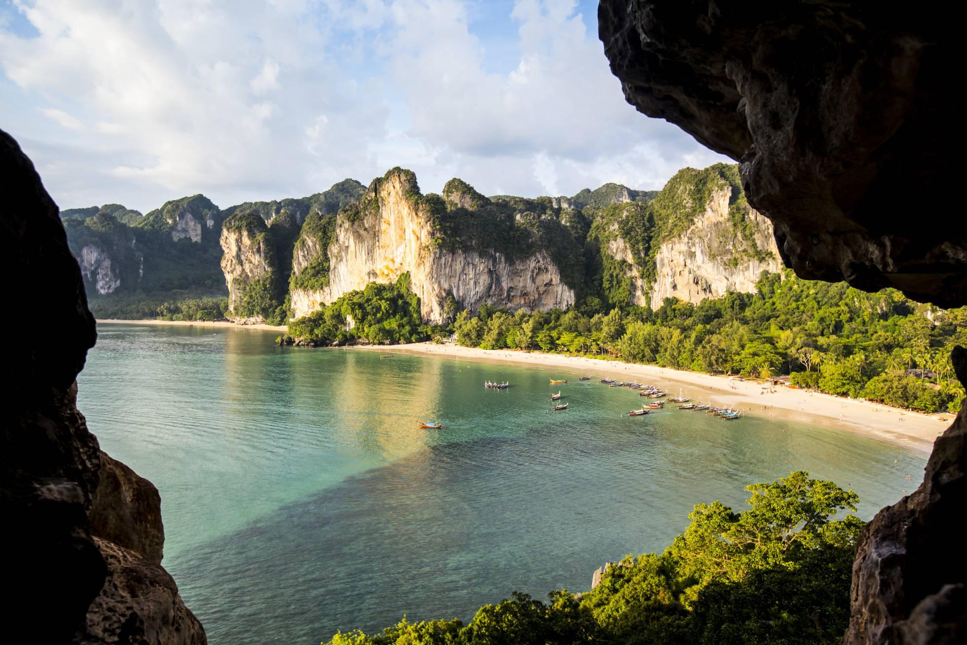 Tailandia expulsa el tabaco de sus playas