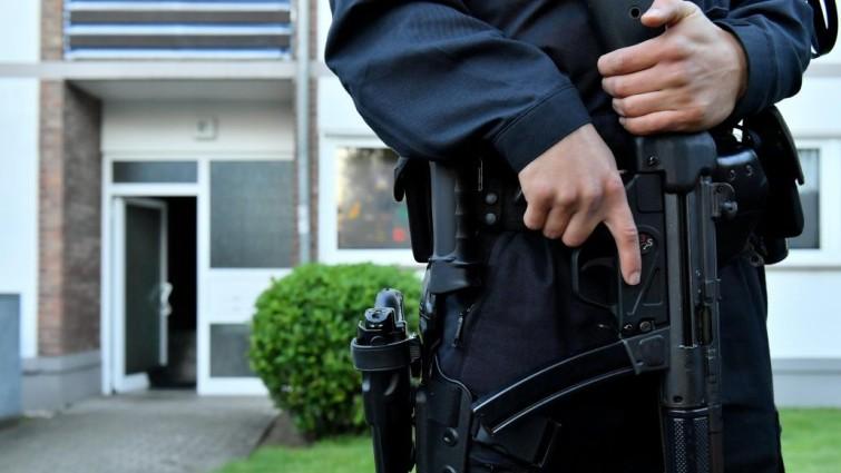 Detenido un supuesto islamista con armas en una redada de la Policía en Berlín