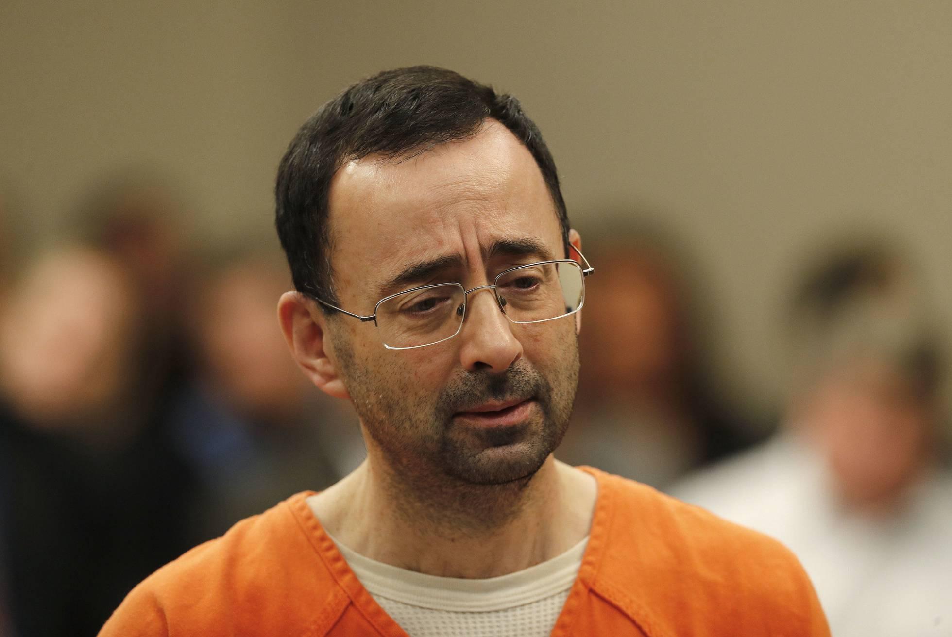 Larry Nassar se declara culpable de abusar sexualmente de siete niñas gimnastas
