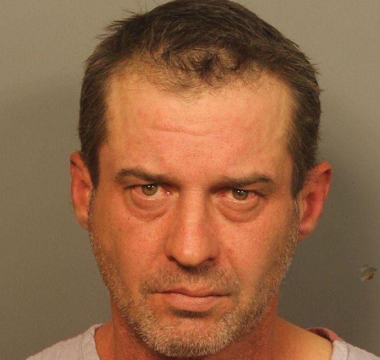 Hombre de 49 años acusado de abuso sexual de dos niñas, en el condado de Jefferson