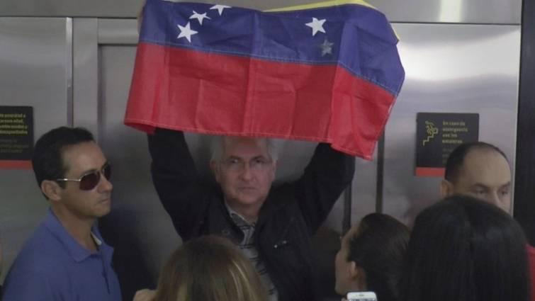 El opositor Antonio Ledezma huye de Venezuela y llegará mañana a España