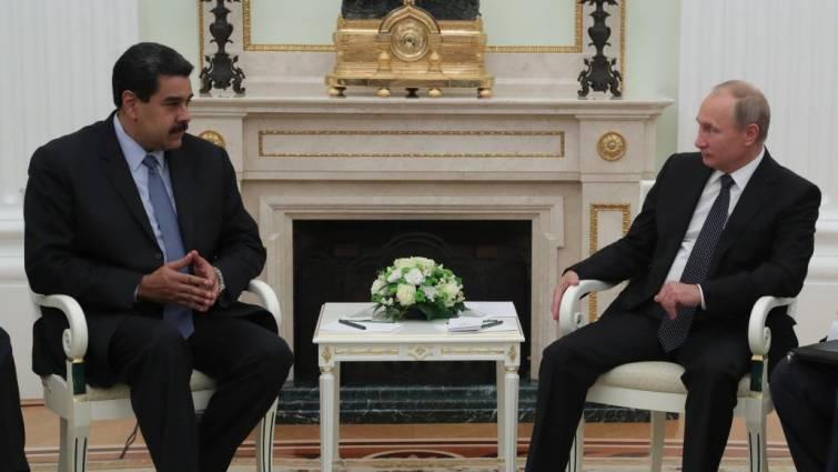 Rusia y Venezuela firman la refinanciación de los 3.000 millones de la deuda de Caracas
