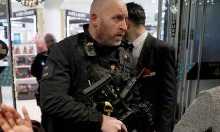policia en oxford street