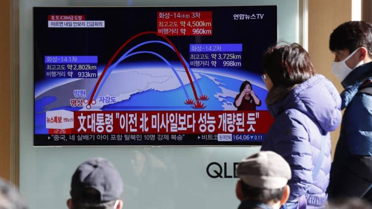 Kim Jong Un redobla su desafío a Trump con un misil capaz de alcanzar EEUU