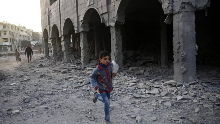 Al menos 26 muertos por un atentado de Estado Islámico contra desplazados sirios