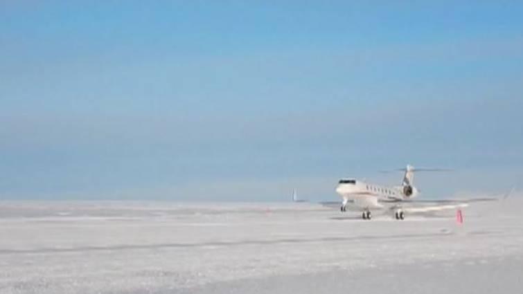 1 avion chino en antartida
