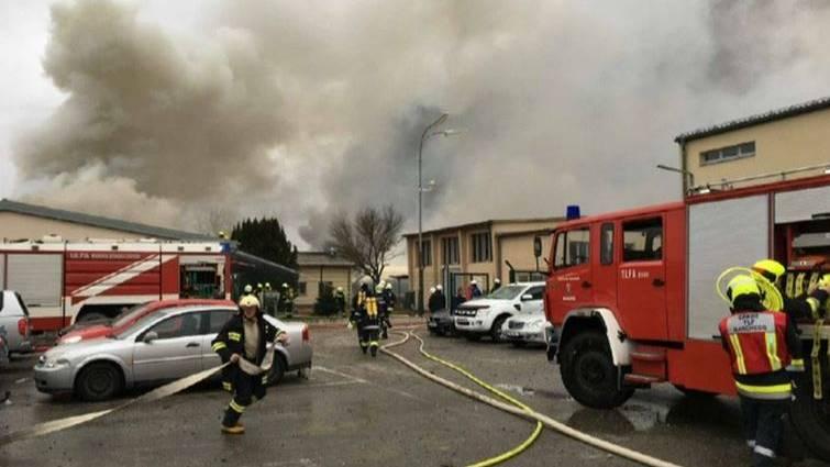 Italia decreta el estado de emergencia tras la explosión en la terminal de gas de Austria