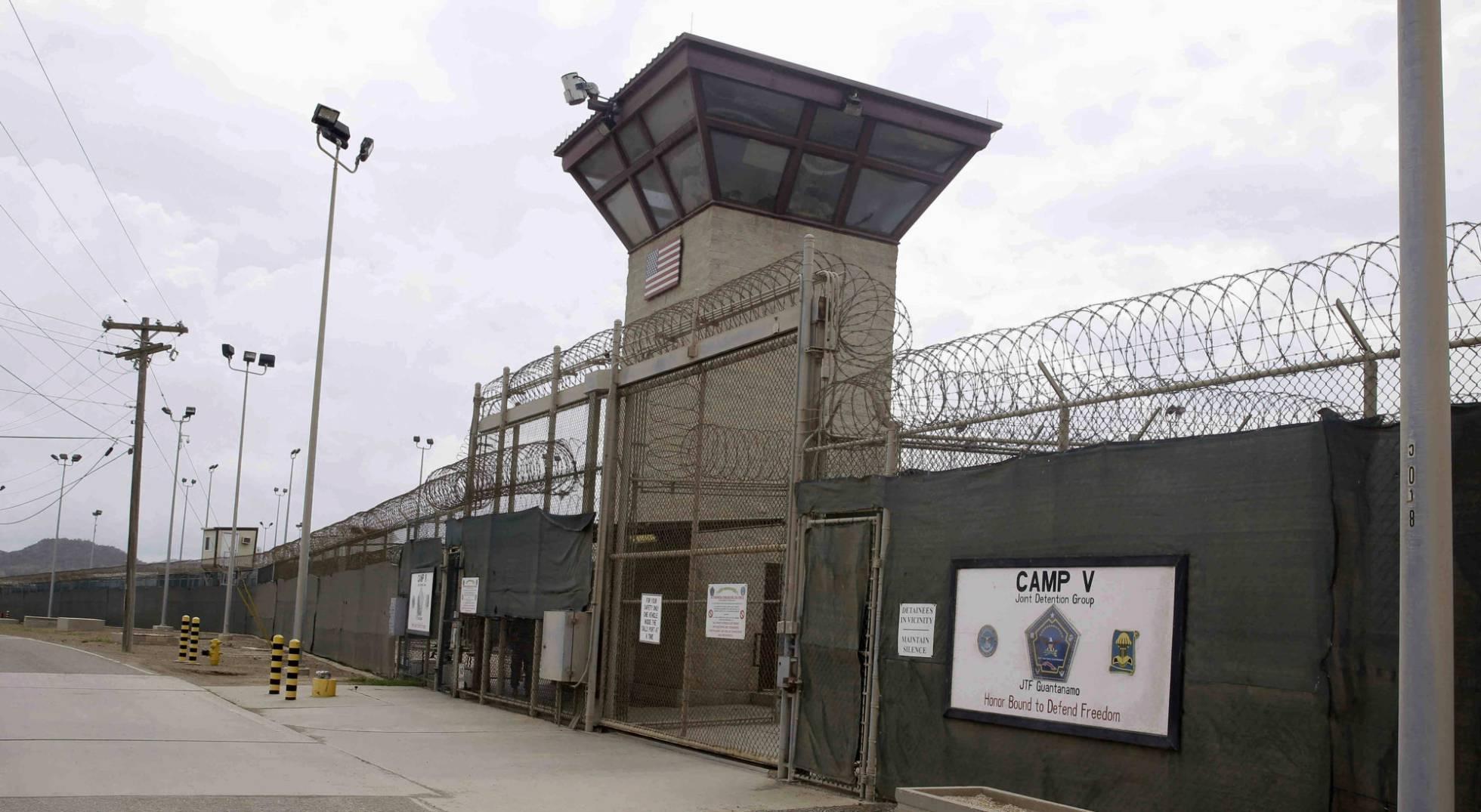 Jim Mattis, primer secretario de Defensa en visitar Guantánamo desde 2002