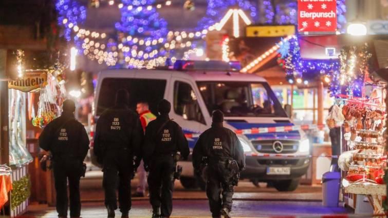 Un paquete sospechoso desata alarma en un mercadillo navideño alemán