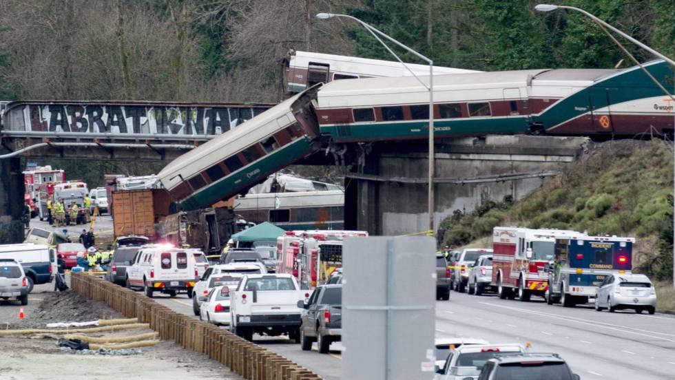 El tren siniestrado en EE UU triplicaba la velocidad límite para el tramo