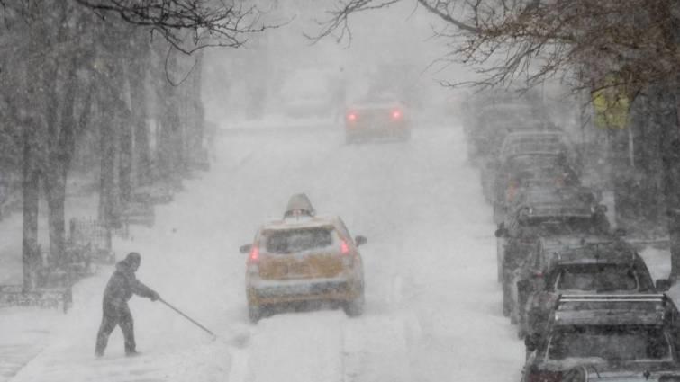 Nueva York declara el estado de emergencia por la tormenta de nieve