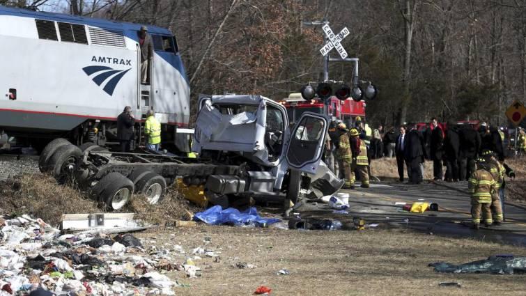Un muerto en un accidente del tren que trasladaba a legisladores republicanos a Virginia