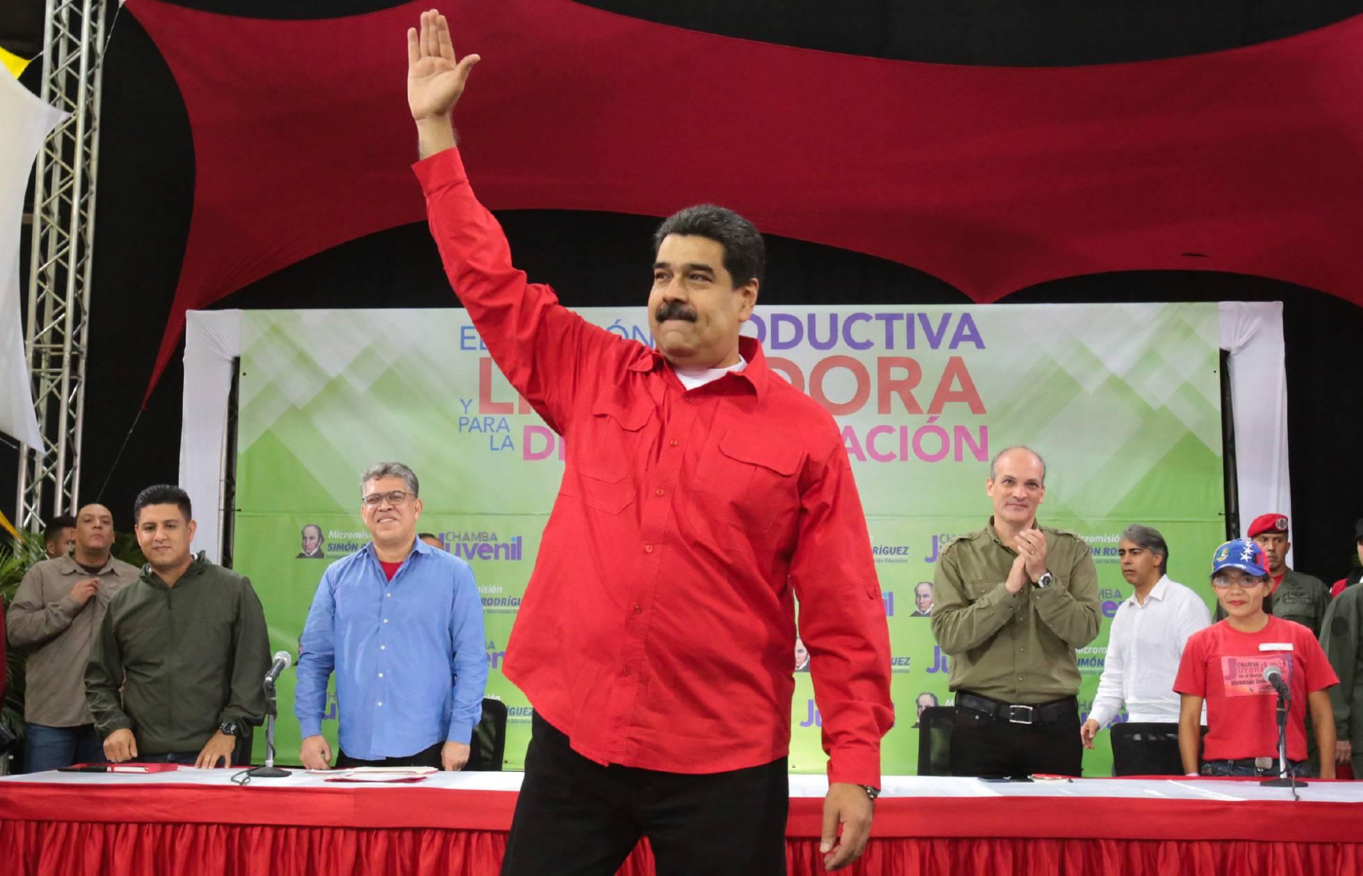 El chavismo decide celebrar elecciones presidenciales antes del 30 de abril