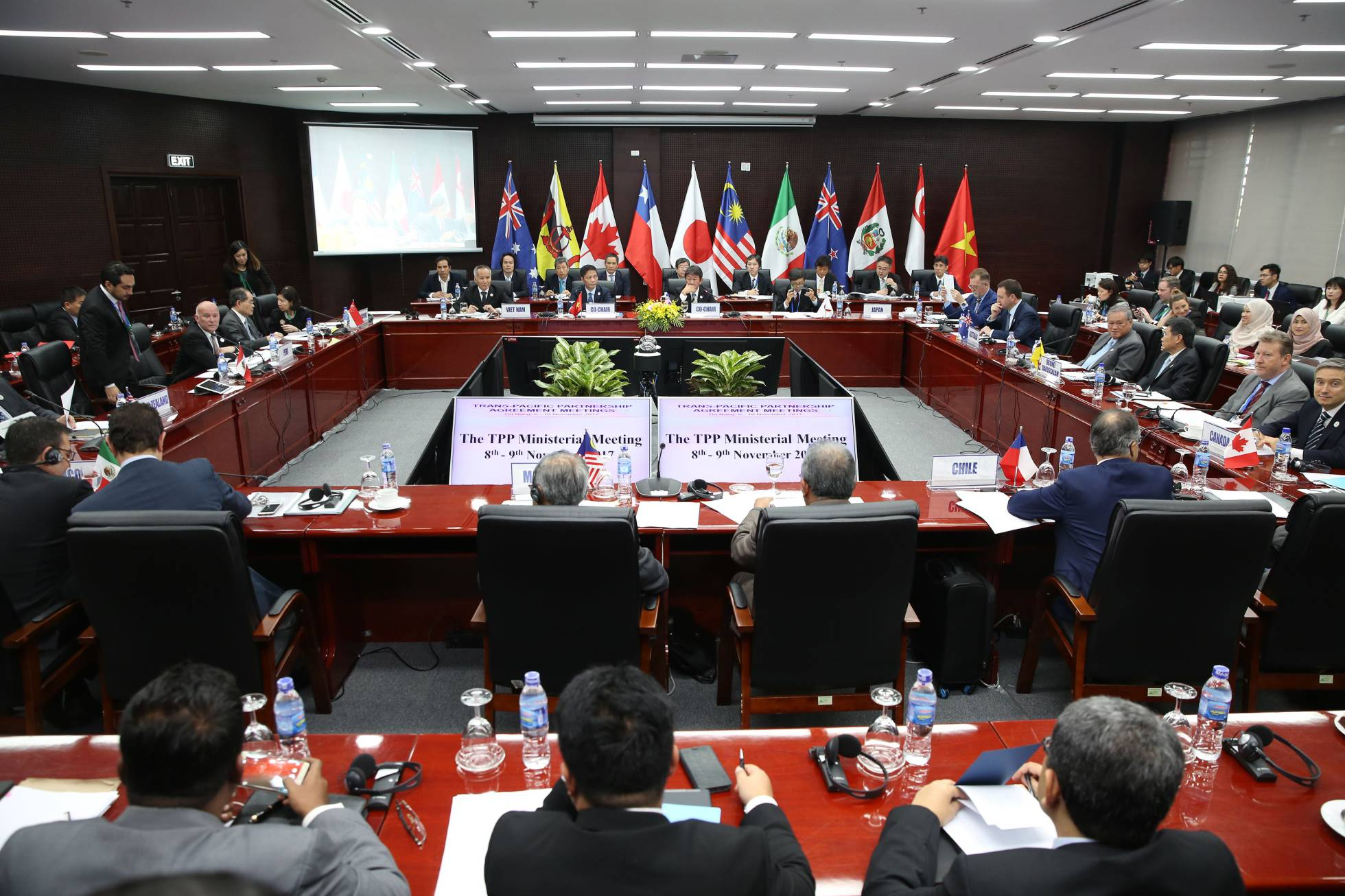 Once países acuerdan ratificar el pacto transpacífico sin EE UU