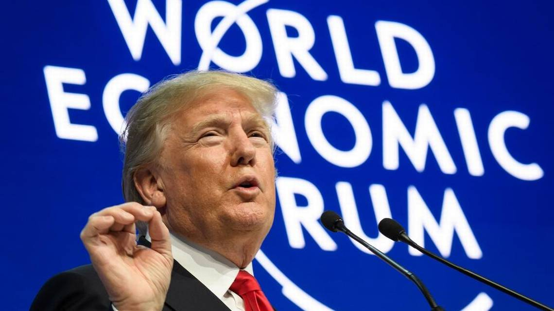 Trump ofrece en Davos colaboración, pero con «EE UU primero» y bajo sus reglas
