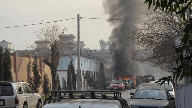Save the Children suspende sus programas en Afganistán tras el ataque a su sede