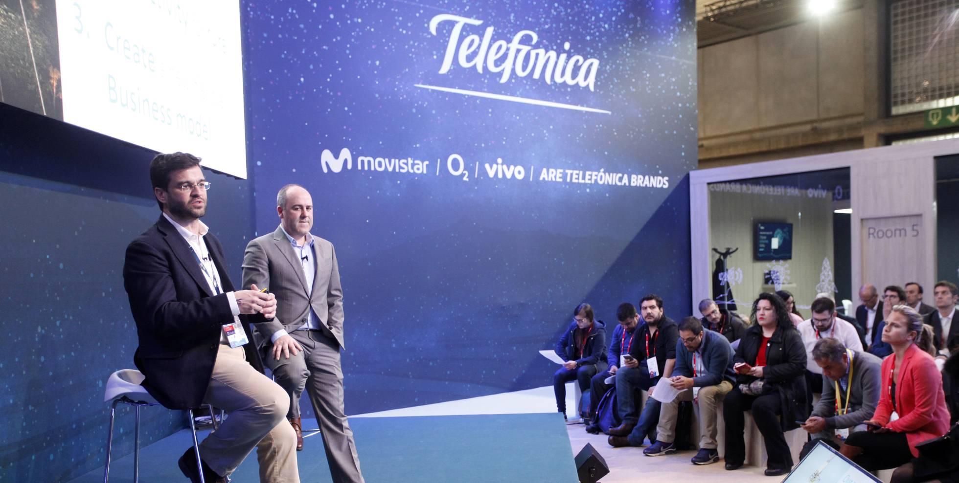 Telefónica y Facebook planean conectar a 100 millones de personas en Latinoamérica