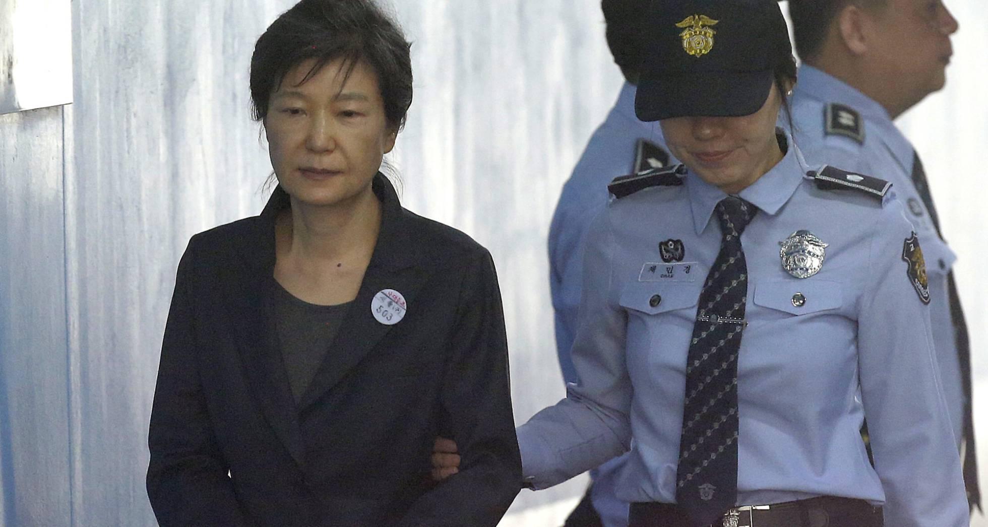 La fiscalía pide 30 años de cárcel para la expresidenta surcoreana por corrupción