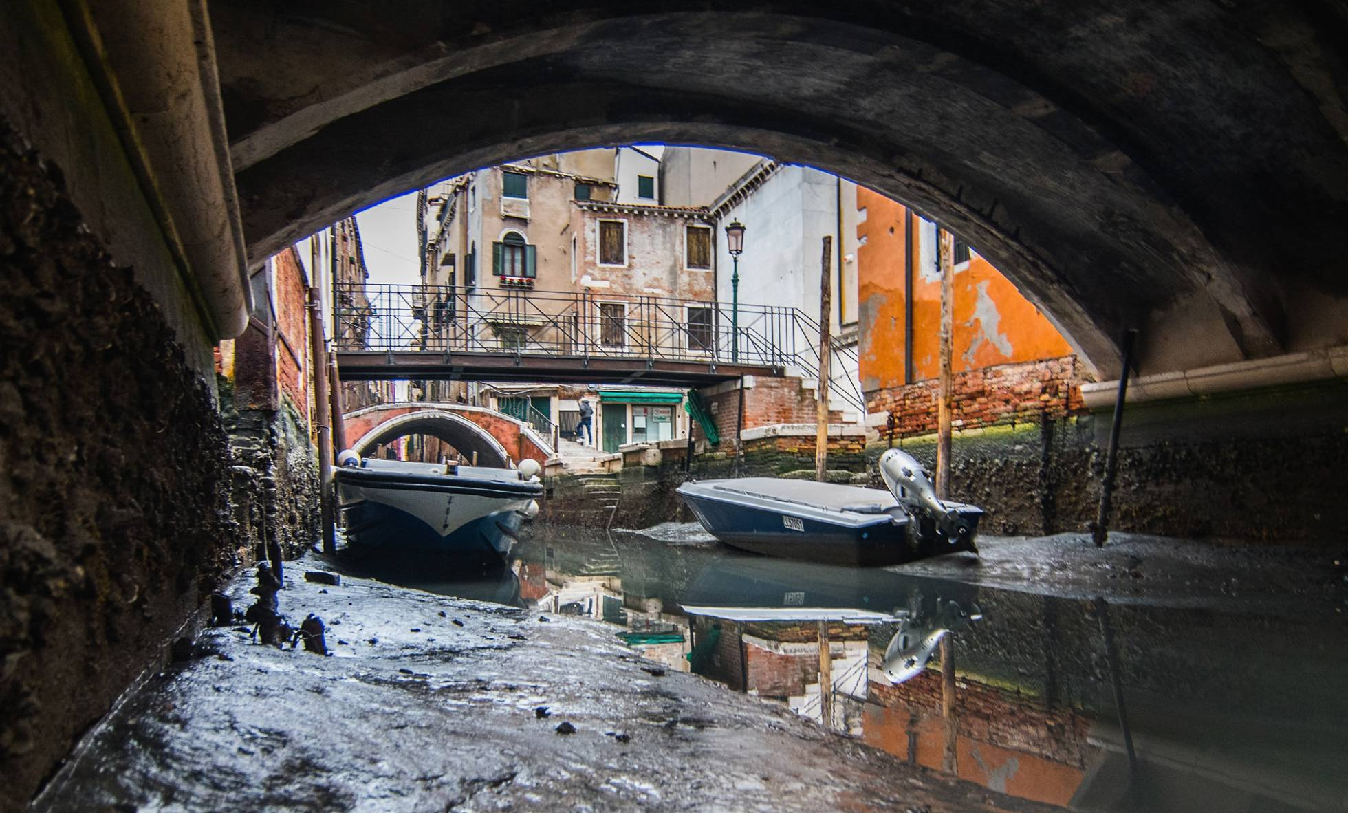 botes en venecia