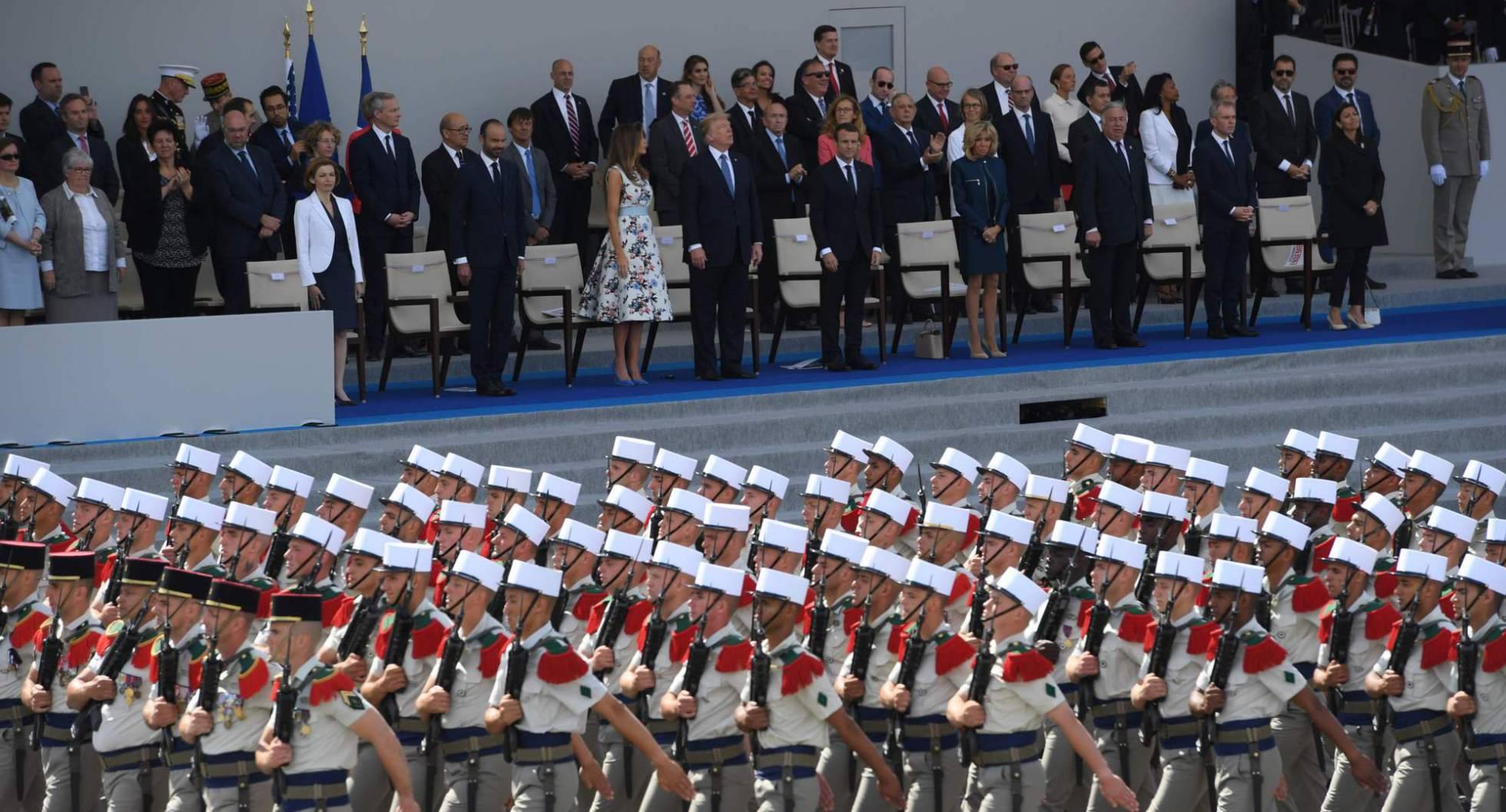 Trump ordena al Pentágono un gran desfile militar para emular a Macron