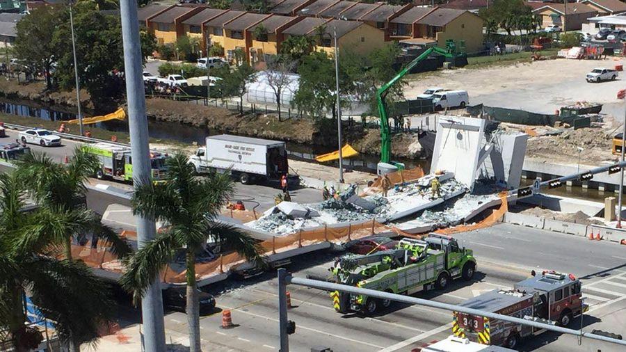 Varios muertos en Miami al hundirse un puente para peatones recién construido