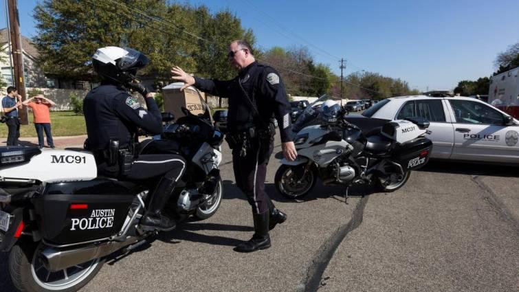 La Policía busca al «unabomber» de Texas, que deja ya dos muertos y cuatro heridos