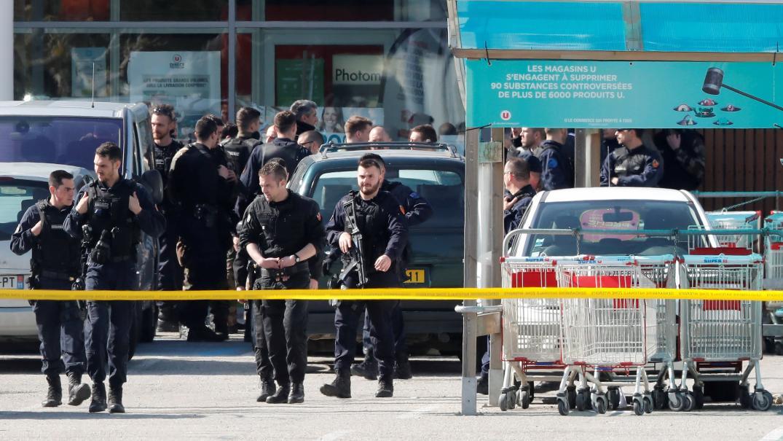Una toma de rehenes en nombre del EI acaba con 3 muertos en el sur de Francia