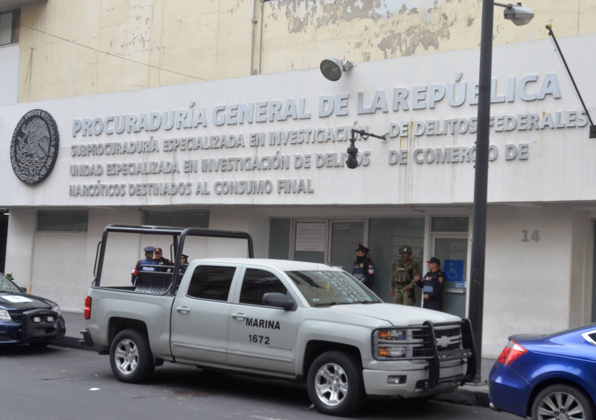Una noche de disparos entre narcos y marinos deja dos niñas muertas en México