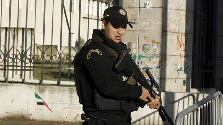 Un hombre se hace estallar durante una persecución de la Policía en Túnez