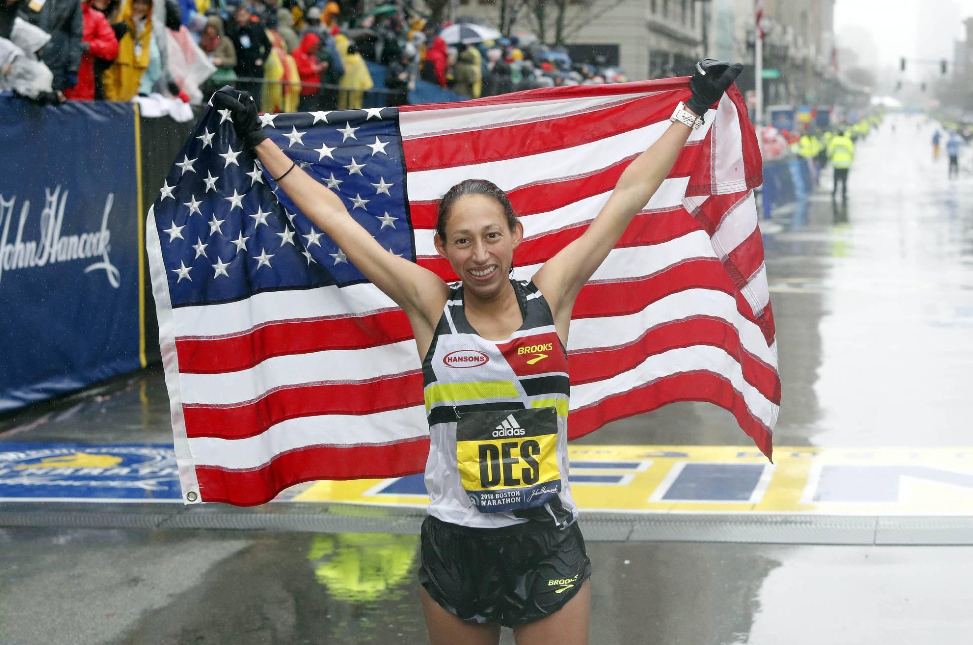 La primera estadounidense en ganar el maratón de Boston en 33 años