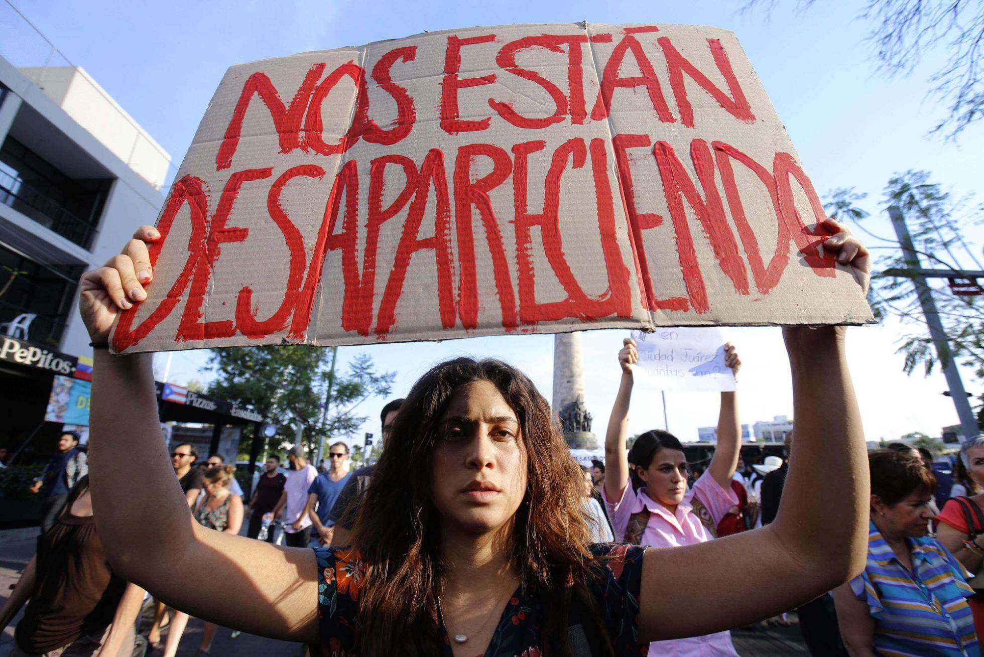 Estudiantes mexicanos protestan