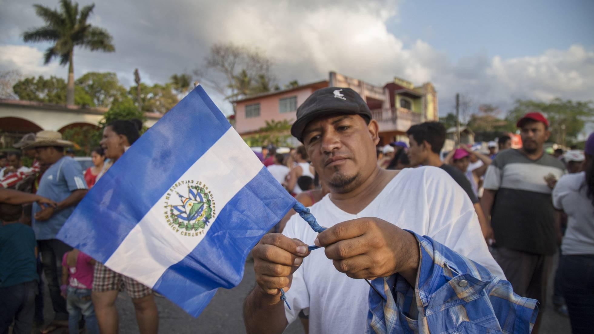 La caravana de migrantes renuncia a llegar a Estados Unidos