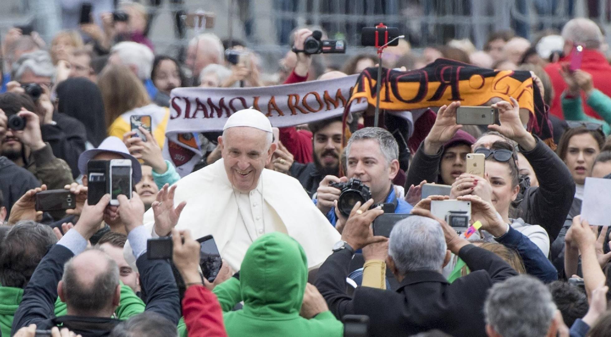 """El Papa admite que se equivocó """"gravemente"""" valorando los abusos a menores en Chile"""