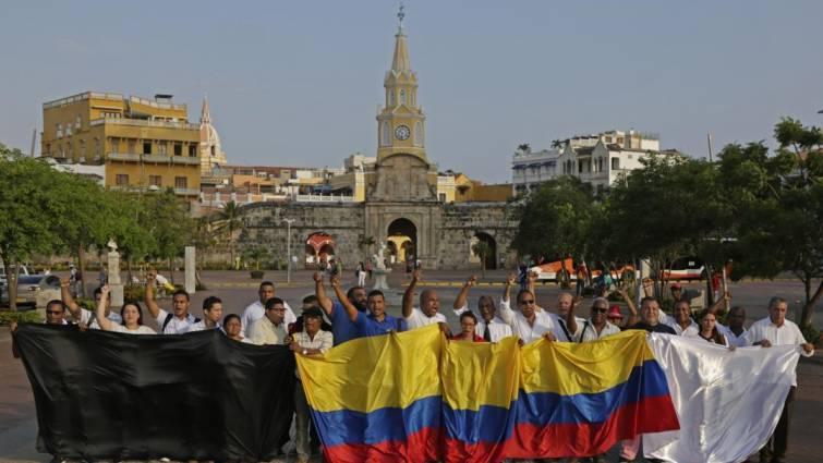 Los disidentes de las FARC suspenden la entrega de los cuerpos de los periodistas asesinados
