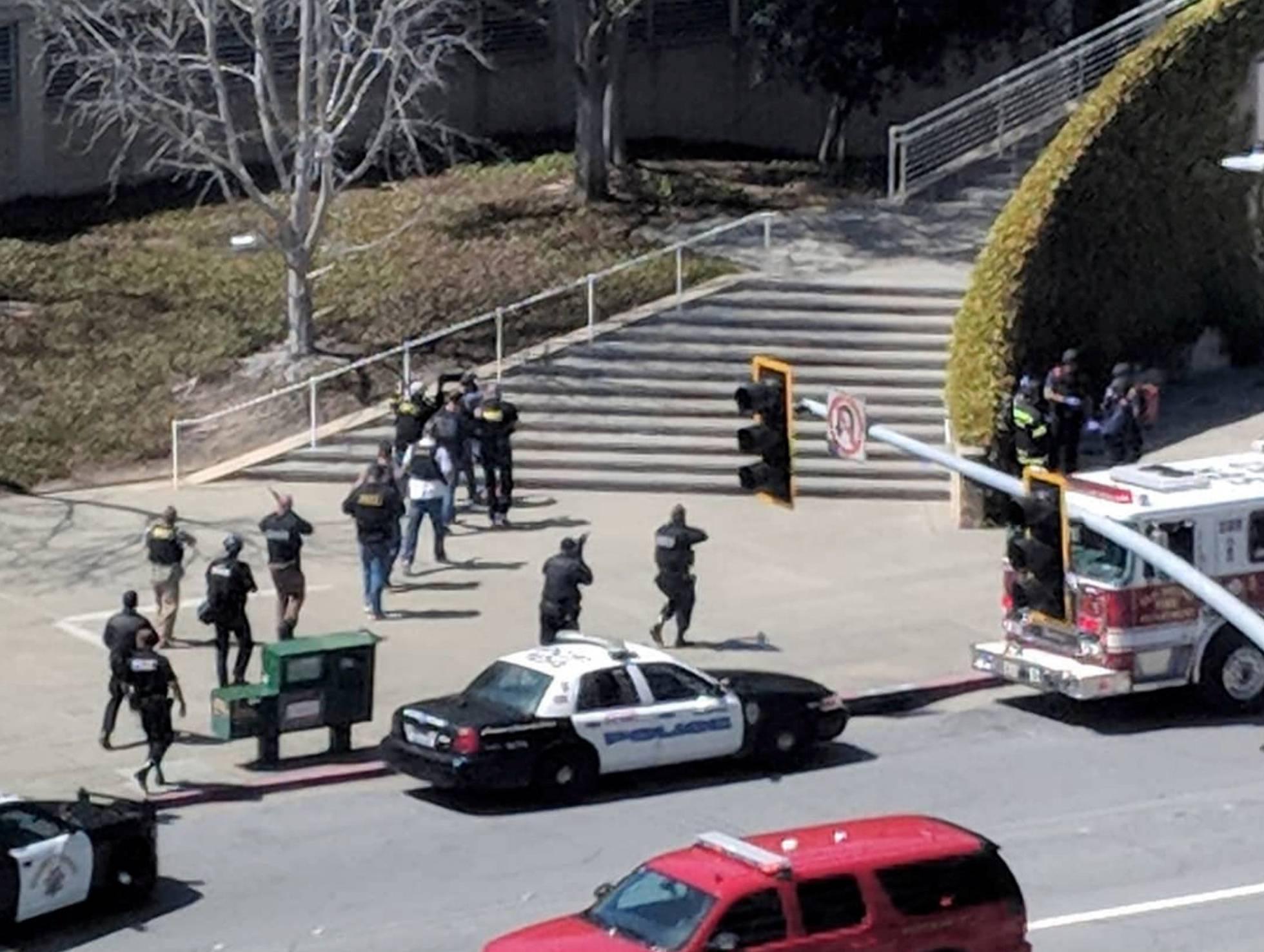 Cuatro heridos en un tiroteo en la sede de YouTube en Silicon Valley