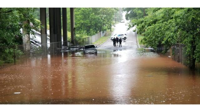 Depresión subtropical Alberto continúa causando inundaciones y vientos dañinos en partes del centro de Alabama