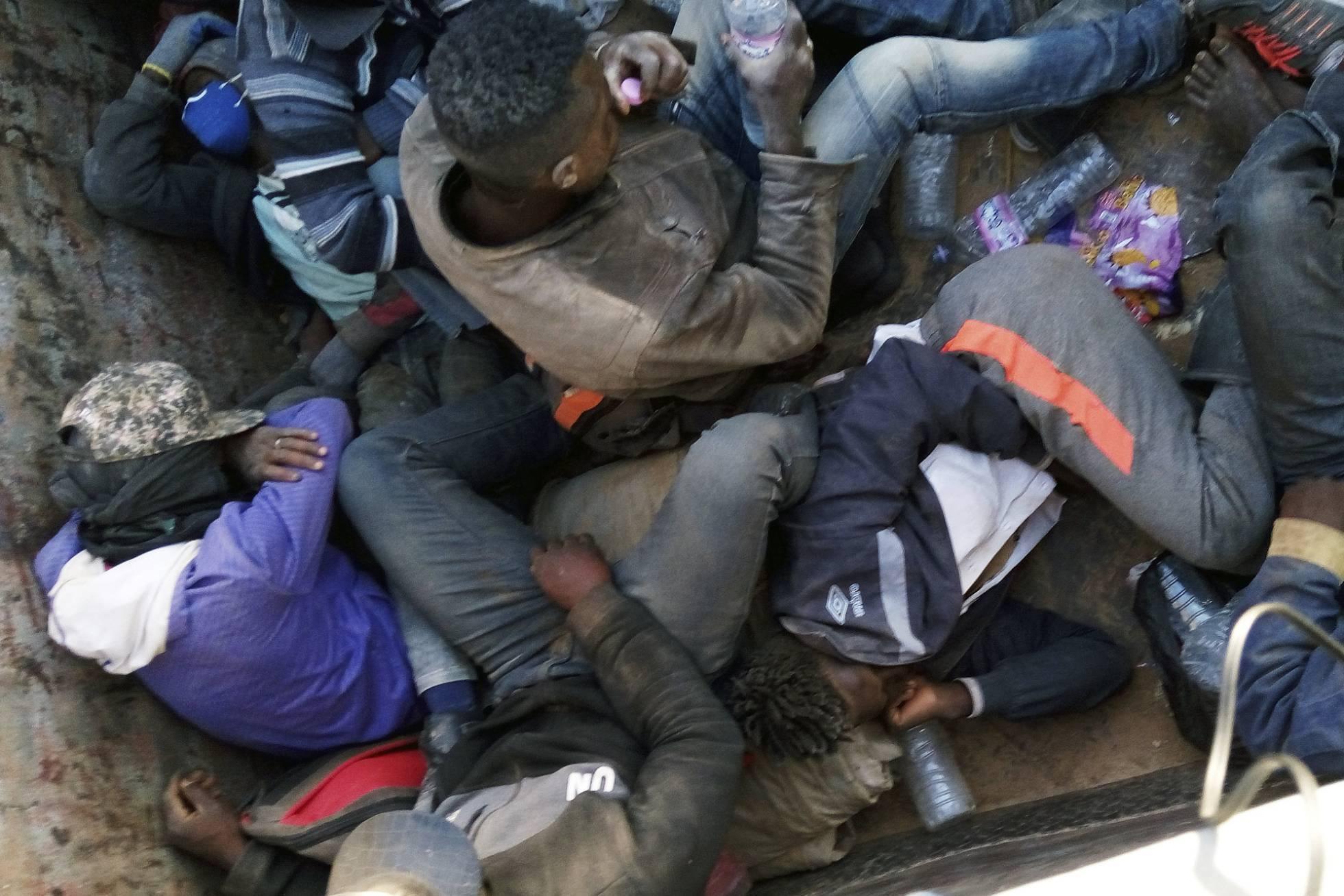 La ONU denuncia expulsiones masivas de subsaharianos en el desierto por parte de Argelia
