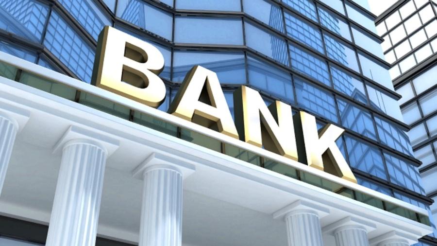 Mujer intenta robar un banco a cambio de favor sexual