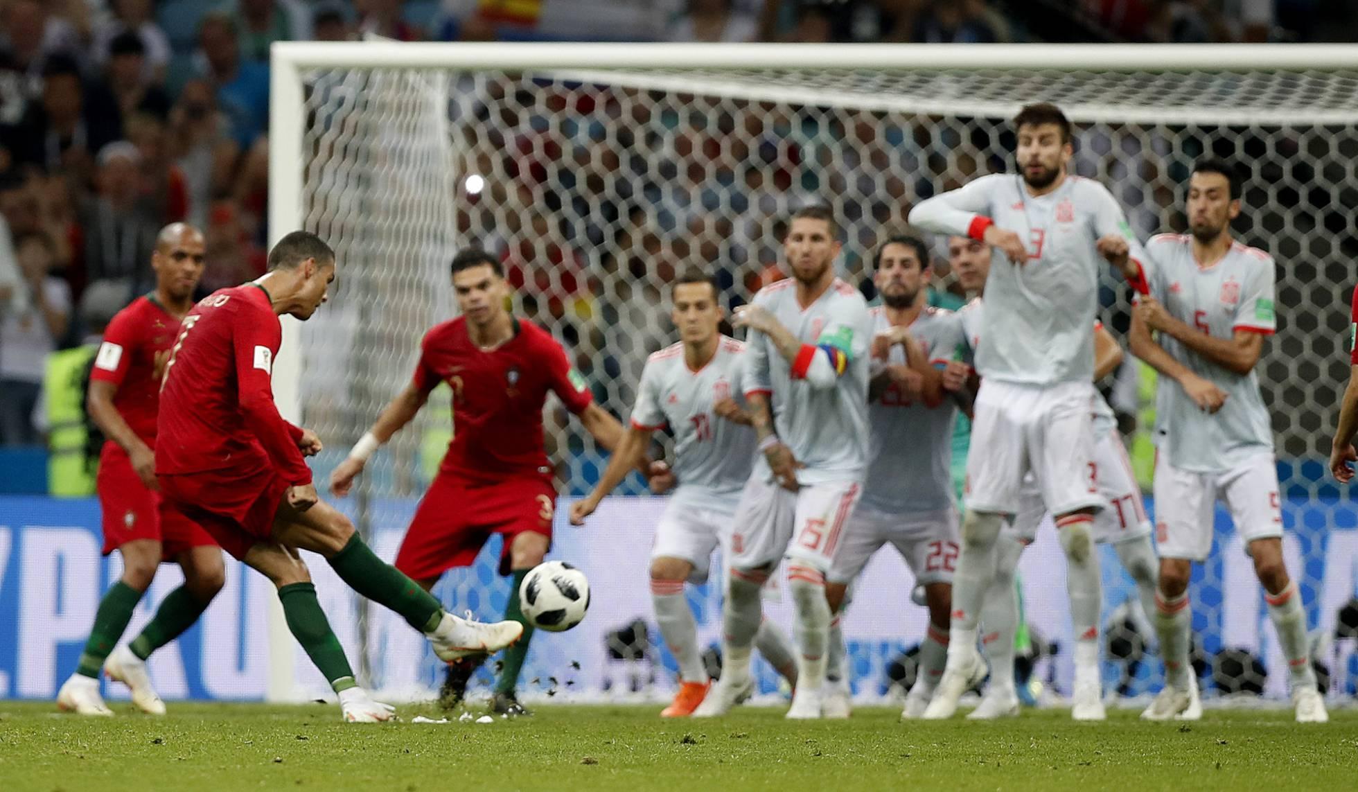 A España se le resiste Cristiano (3-3)