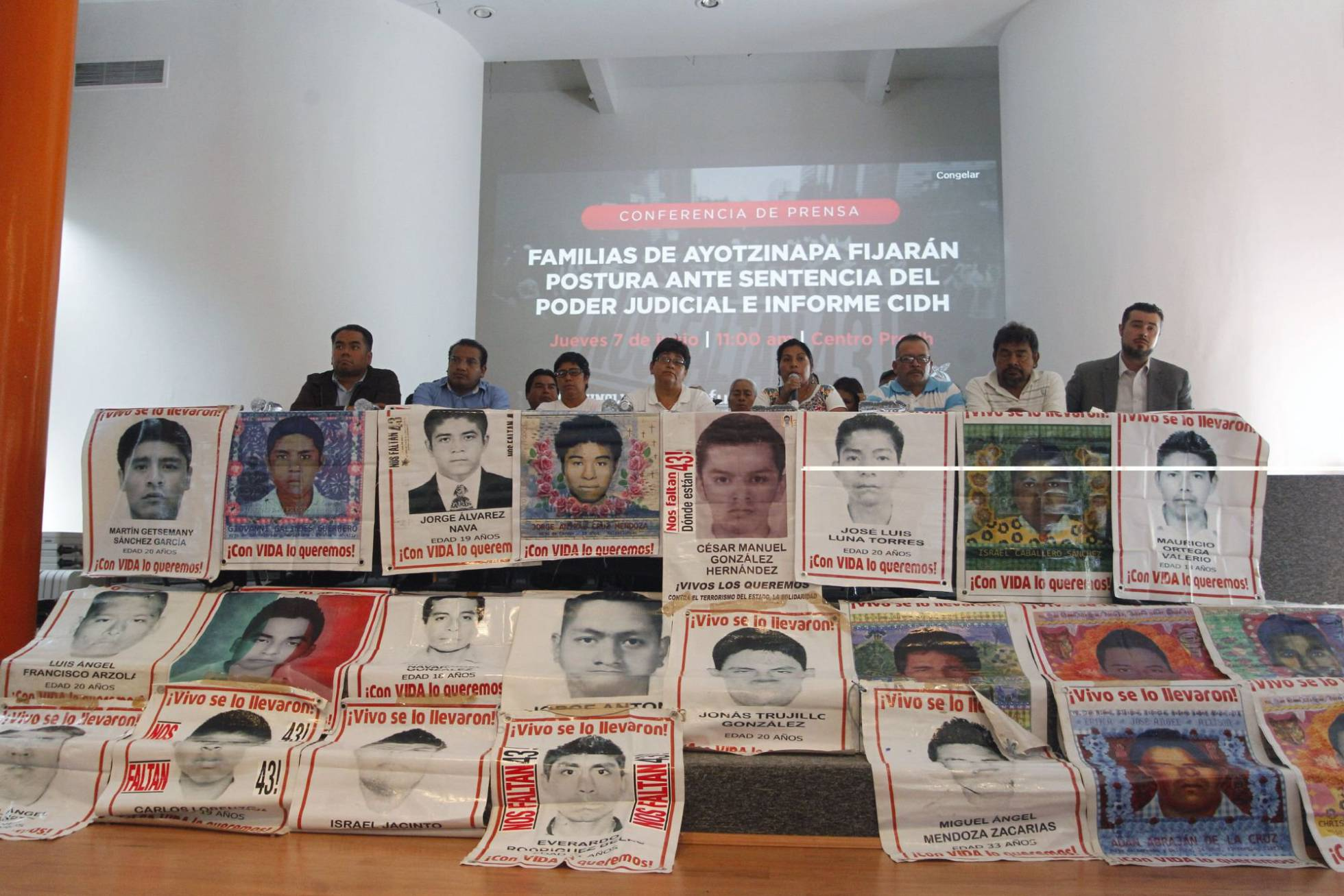 Dos sentencias revelan las fisuras de la fiscalía mexicana en el 'caso Ayotzinapa'