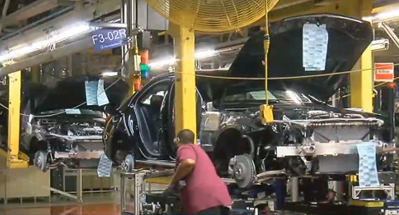Cientos de ofertas de trabajo, en el negocio de proveedores de automóviles