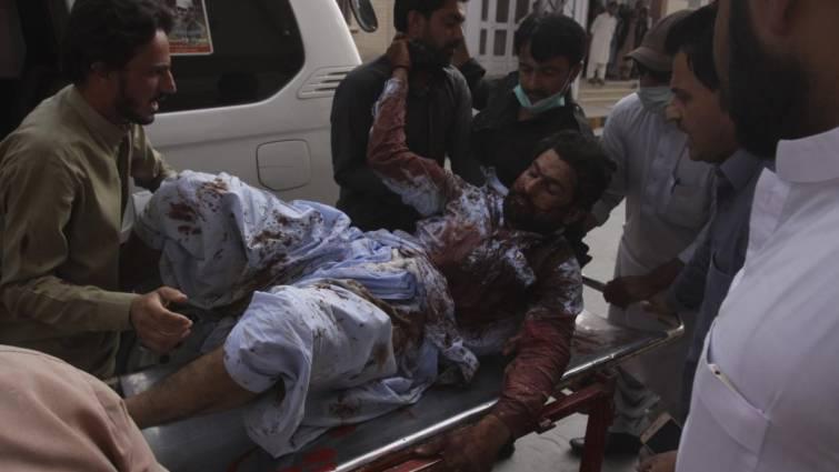 El Estado Islámico reivindica el atentado en Pakistán que deja al menos 128 muertos